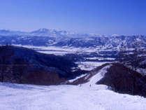 日本屈指のビッグゲレンデ「野沢温泉スキー場」シャトルバスが停まる新田バスターミナルは徒歩2分♪