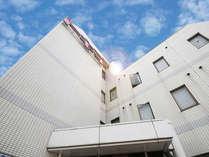 土浦の家庭的なビジネスホテルトキワの新館外観