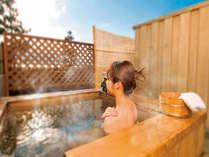 波音を聞きながら湯浴みを独り占めできる客室露天風呂♪