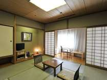【全室禁煙・和室】落ち着いた雰囲気の和室・家族旅行や団体旅行におすすめです。