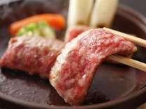 柔らかい県産和牛ステーキは陶板焼きでp(≧∀)q厳選した目にも美味しい県産和牛をご堪能ください♪