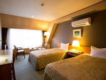 ~南館洋室ツイン~ ビジネスでも観光でも利用できるツインルーム。ベッドの方がお好み方にも是非!