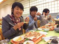 ◆期間限定◆大好評!カニバイキング★ カニ刺・カニ味噌旨煮・茹でがに・炭火焼など食べ放題!