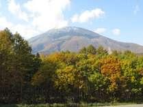 秋の紅葉 黒姫山