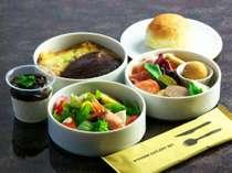 野尻湖畔にある小さなイタリアンレストラン「舟小屋」のオーナーシェフ特製の イタリアン御膳弁当