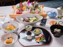 *【夕食(和食)全体例】新鮮な海の幸や野菜を使って作り上げる季節の創作懐石料理。