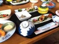 志賀高原でとれた山菜を織り交ぜた夕食