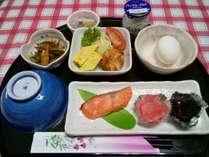 朝食一例。メニューは日替わりとなってます。