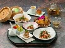 料理例(1) 仲の良いお友達と少し豪華なご夕食。気分は中国!?