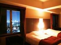 夜景の望めるお部屋でゆったりした時間を・・・