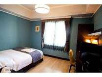セミダブルルーム(18平米)客室内イメージ