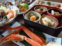 【ミニ和膳+ズワイ蟹】セットになるズワイ蟹・カキ鍋などとBBHオリジナルのハーフバイキング♪