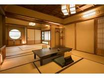 【あじさい】8畳+7畳で総檜風呂に専用岩盤浴を備えた特別室です