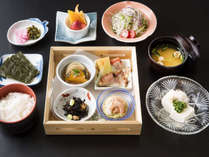 【お料理】朝食も、地元の新鮮な食材を使用しています!
