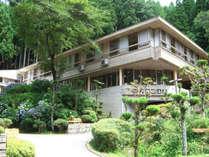 *大阪市内、京都市内から車で約1時間の大自然(外観:夏)