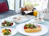 朝食:ブッフェ、和定食、アメリカンブレックファーストからお選びいただけます。