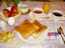 軽朝食を食べて、1日を快調に!