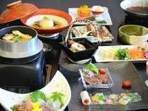 松茸♪牛肉♪♪贅沢な食事時間をお届けします!!松茸と秋の色どり会席