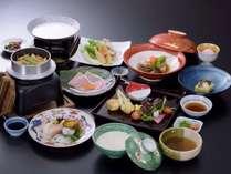【グループがお得】1室のご利用人数により割引きます! 3つの豆腐料理と味わい会席プラン