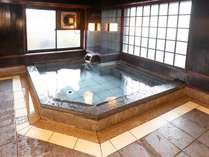 男性大浴場 麦飯石による人工温泉