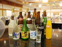 夕食バイキングでは追加料金にてソフトドリンクのドリンクバーや地酒などをご用意