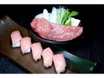 本まぐろ大トロ寿司と信州産黒毛和牛のすきやき。上品な脂が食欲をそそります♪