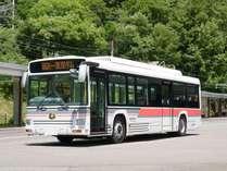 新型電気バスで黒部ダムへ♪