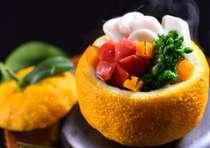 祇園高級料亭で培われた本格京会席の味をお楽しみください。