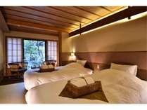 京町屋ツイン和室「胡桃」お庭をご覧いただける特別感のあるお部屋。無線LAN完備