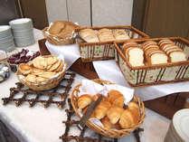 【朝食バイキング一例】朝からしっかり食べて、残りの日程を元気に乗り切りましょう♪