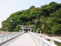 """*三河湾国立公園""""竹島""""/お勧めは早朝散歩。島のパワースポットを巡り、自然の鋭気をいただきましょう。"""