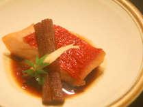 【金目鯛の煮付け】やわらかな肉厚の白身を味わうには、やっぱり煮付けが一番♪