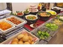 朝食バイキング6:30~9:00(日祝日9:30)