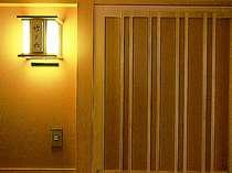 【ピグマリオン】客室の扉