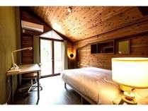 ダブルベッドのお部屋です。