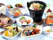 【じゃらん秋SALE】◆季節の素材を使った夕食を堪能『和食懐石膳』【夕朝食付/和食】