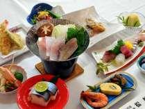 【基本コース◆お造り付き会席】 旬魚のお造りなど、季節の海幸・合計6品♪ 4名様以上で舟盛に♪
