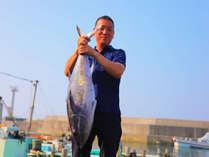 「うまい魚食べてもらいたくて毎朝せりに行ってまっせ!」by元気ハツラツ★松林社長