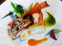 春のお料理一例 ~海老のパイ詰め~