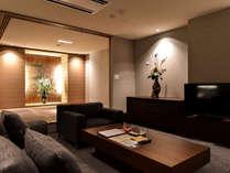 308室/リビング 使いやすく、上質であること、そして心から寛げる空間造りに努めています。
