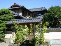 小さな迎賓館『山翠』の外観