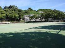 春*テニスコート5面あり。サークルや合宿などにオススメ♪3食付きプラン