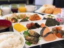和洋朝食バイキングAM6:30~9:30(1階ロビー)
