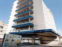 2009年オープンの新しいホテル!9階建て全108室です