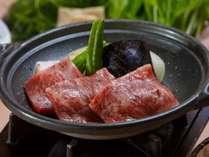 プラン特典の和牛陶板焼き!人気の一品料理です。