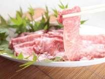 「りんごで育った信州牛のしゃぶしゃぶ」がメインの女将の手づくり創作お料理をお楽しみください。