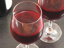 プラン特典として「グラスワイン」をサービスさせていただきます。※または紅茶