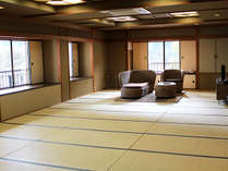 【☆部屋☆】最大16名様定員の広々とした和室。間仕切り可・お手洗いも男女別々に完備!