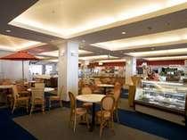 レストラン アゼリア■朝は和・洋食のブッフェ、昼は和・洋・中の多彩な料理をお届け