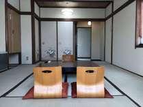 素泊まりエコノミートリプルルームプラン 和室8畳 共用トイレ 共用バス(大浴場)